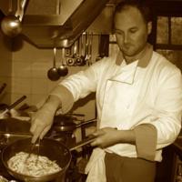 Antonio Simone al lavoro - Chef del ristorante pizzeria La Rambla